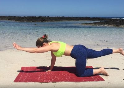 pilates-shoulders-gluteals-exercises-fuerteventura